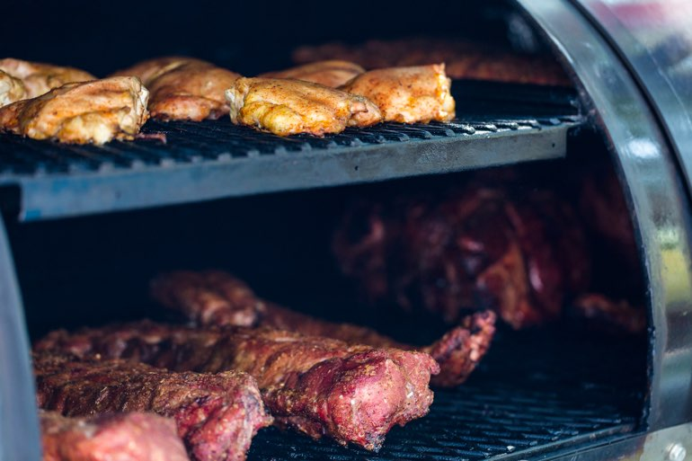 BBQ Smoker Spare Ribs Catering