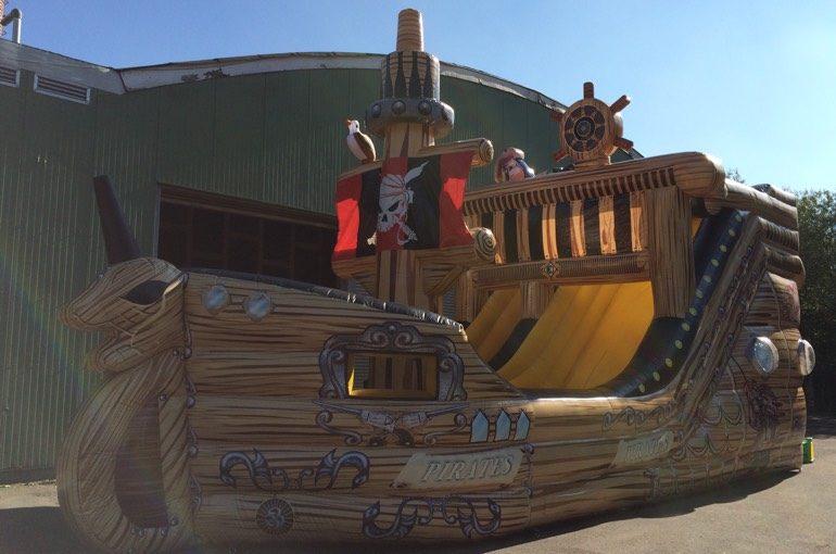 Hindernisbahn Piratenschiff