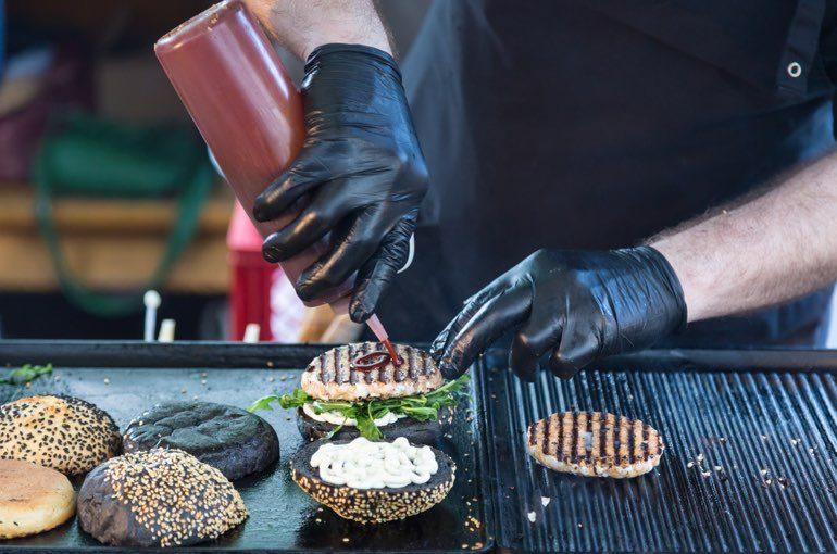 Burger Zubereitung Street Food Festival