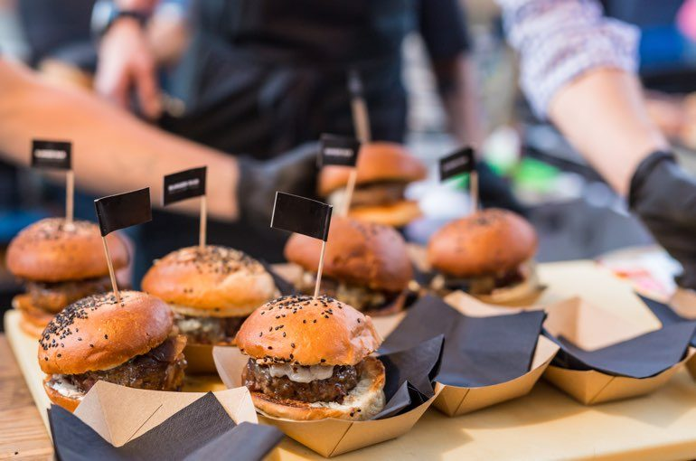 Corporate Food Messe Catering Burger
